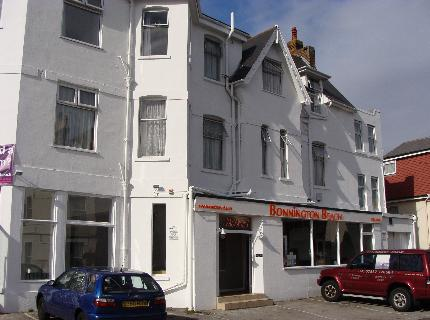 Bonnington Beach Hotel