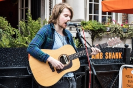 Buskers Invited Metropole Market Competition this May