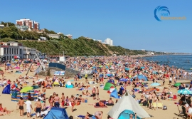 Bournemouth beach can get very busy.
