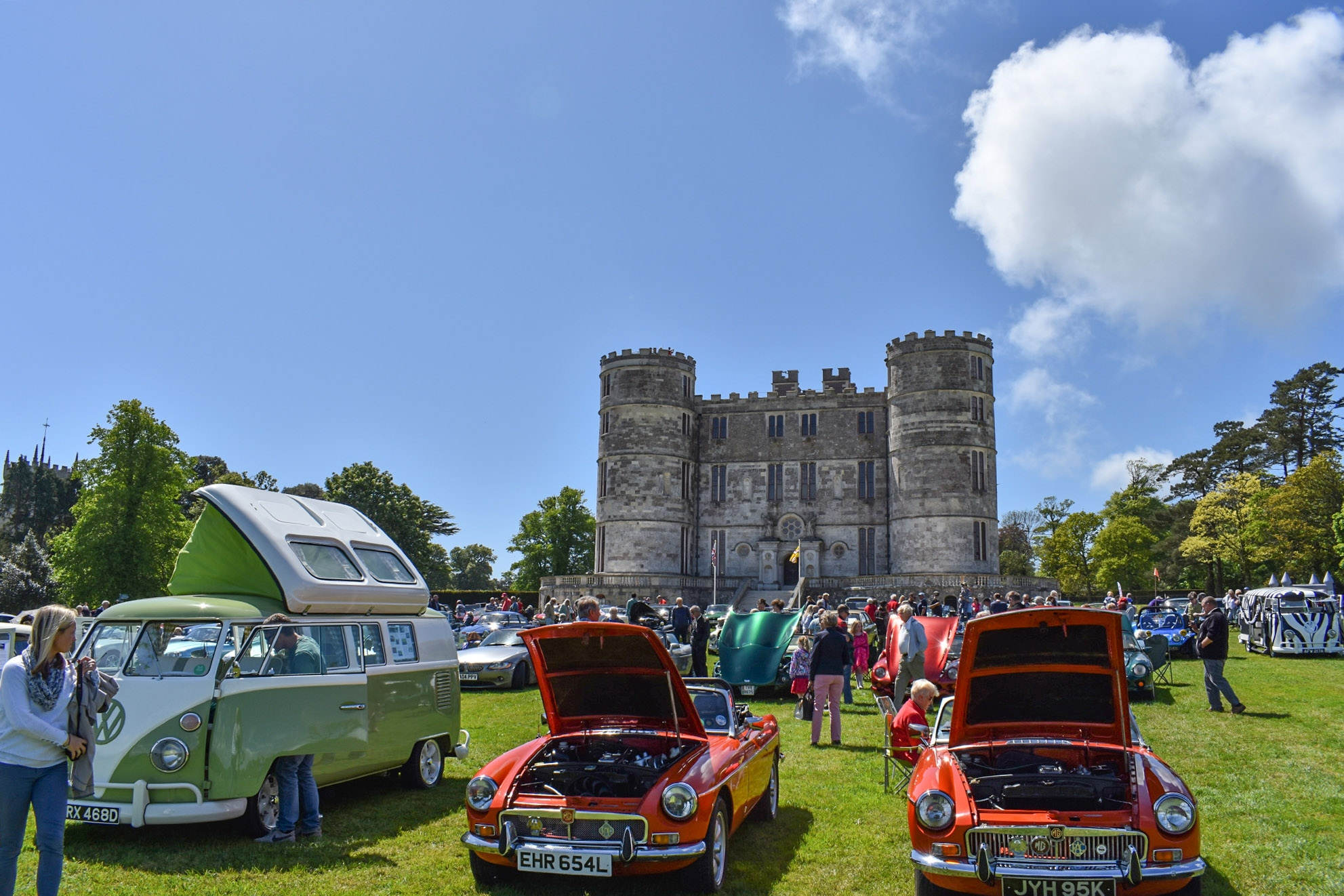 Lulworth Castle Opens for Charity Motor Show and Family Fun Day