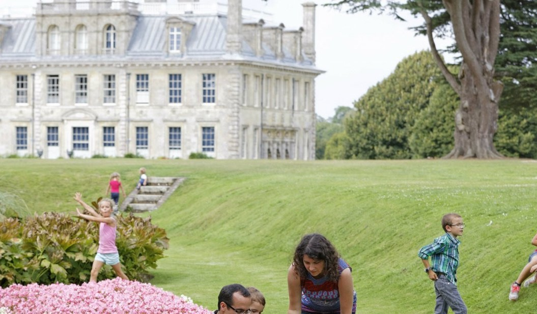 Music on the lawn at Kingston Lacy