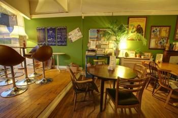 Montys Lounge
